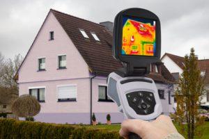 Energieberatung: Analyse mit Infrarot-Kamera